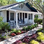 Ebb Tide Cottages - Cottage #2 - Poolside 2 BR / 2 Baths Sleeps 4 – 4 Twin Beds