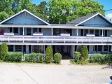 Ebb Tide Cottages - Cottage #5 - Away from the pool, 2nd Floor 3 BR / 1 Bath Sleeps 6 – 1 Double Bed, 4 Twin Beds